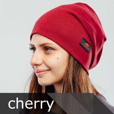 фото женской стильной шапки Flyingbro
