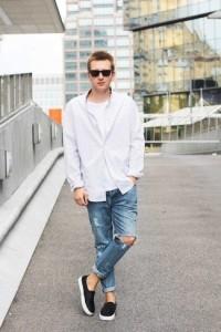 фото футболки под белой классической рубашкой