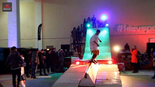 фото Киев Спорт Маркет 2015 трюки сноубординг