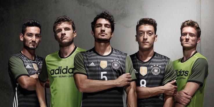 фото футбольной формы сборной германии, крутые футболки