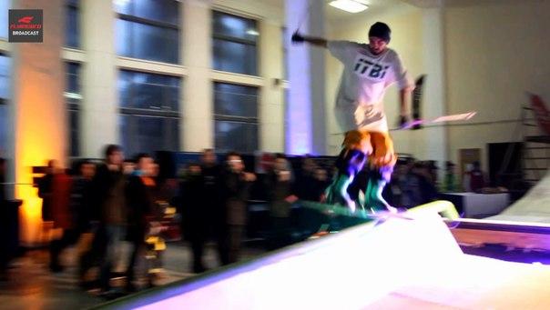 фото прыжков на олдскул лыжах на Киев Спорт Маркет 2015 Flyingbro Broadcast