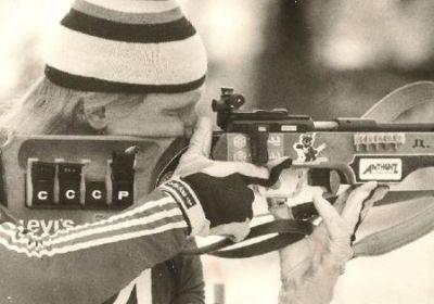 Лыжная шапка петушок и боевые ружья – самые яркие моменты истории биатлона
