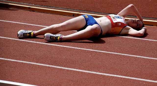 Мужские кроссовки против мозолей, или Почему бегун натирает ноги?