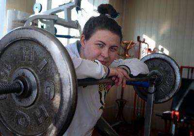 Спорт футболка и «подгузники»: как одеваются и тренируются украинские сумоистки
